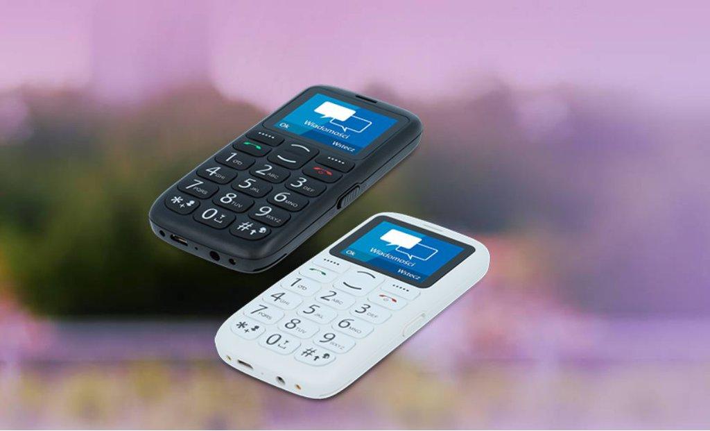 afa05bc81cf0c myPhone Simply 2 w Biedronce. Telefon dla seniorów i nie tylko ...