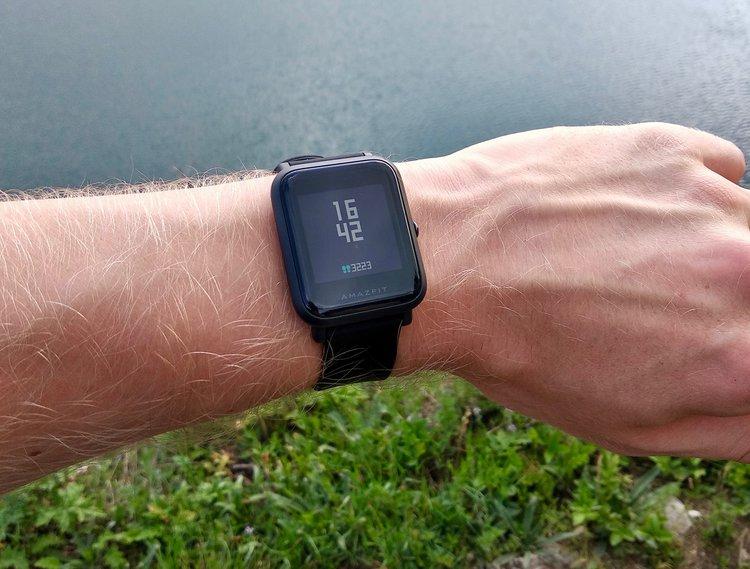 Promocja: smartwatch Xiaomi z świetną baterią jeszcze taniej i gadżet dla minimalisty za pół ceny -