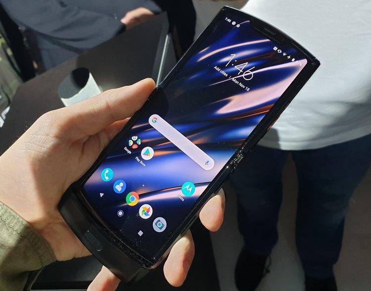 Motorola Razr 2019 – dla niej zrezygnowałbym z iPhone'a -