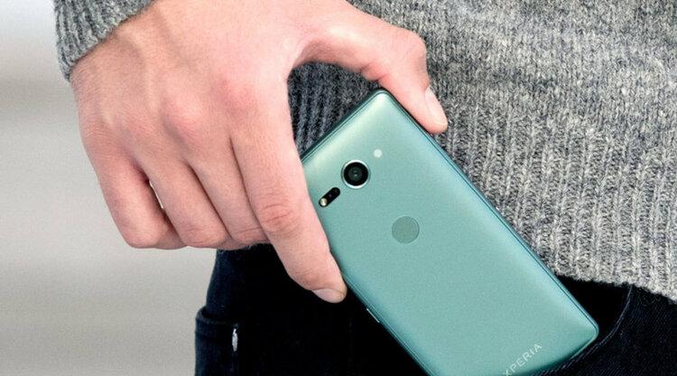 Pierwszy król kompaktowych smartfonów wróci do gry! -
