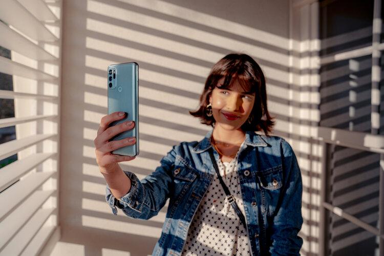 Motorola edge 20 lite 5G, moto G60s i Samsung Galaxy A03s do kupienia w Play - abonament w Play