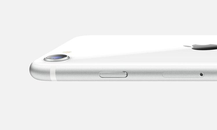 Apple rozbije bank. Tani iPhone SE z najpotężniejszym serduchem! -