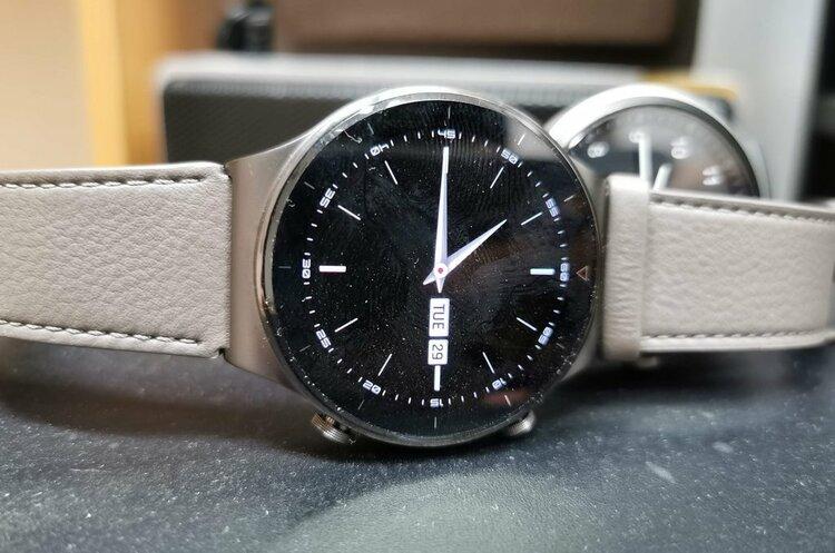 Tytanowy smartwatch Huawei w doskonałej cenie. Z tej promocji żal nie skorzystać! -