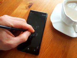 Smartfony z wyświetlaczem LCD to przeszłość. Za dwa lata najpopularniejsze będą… -