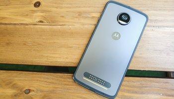 Promocja: Motorola Moto Z2 Play w świetnej cenie i z wartościowym bonusem! -