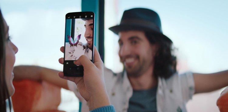 Moto E5 Plus i Alcatel 3 w ofercie T-Mobile. Niskie opłaty początkowe - T-Mobile