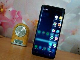 Będą dwie wersje Galaxy S10. Samsung pozbędzie się jednej z funkcji -