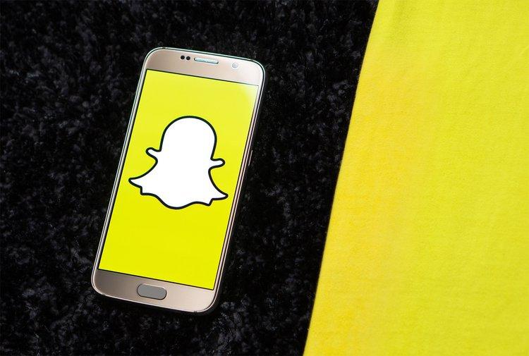 Snapchat przegrywa z konkurencją i własną technologią -