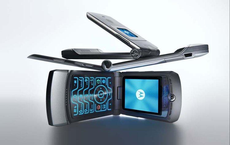 Tak może wyglądać Motorola RAZR z elastycznym ekranem. To świetny projekt! -