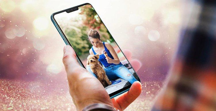 Oto LG V50 ThinQ z 5G. Czy taki smartfon w wysokiej cenie podbije serca klientów? -