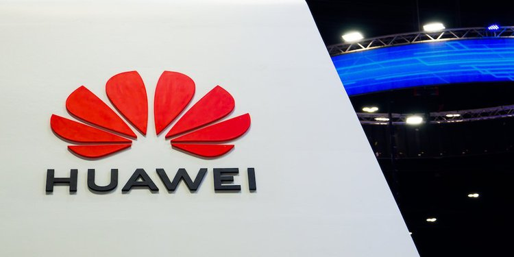 Szokujące! Huawei chciało okraść Apple? -